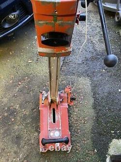 Hilti DD-ST 150-U Core Drilling Rig Wet / Dry Coring Drill Stand Vacuum. 2037