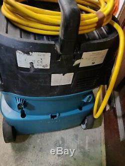 Makita 447M 110v Wet & Dry Vacuum Dust Extractor Vac control hose M class hoover