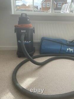 SkyVac Atom / Wet & Dry Gutter Cleaning Vacuum